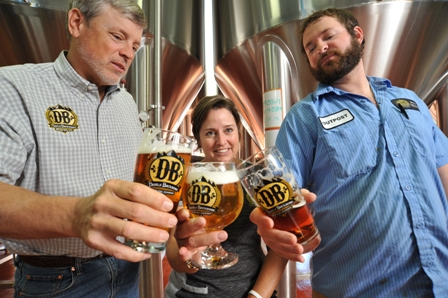 Steve and Heidi Crandall with lead brewer Nate Olewine (right)